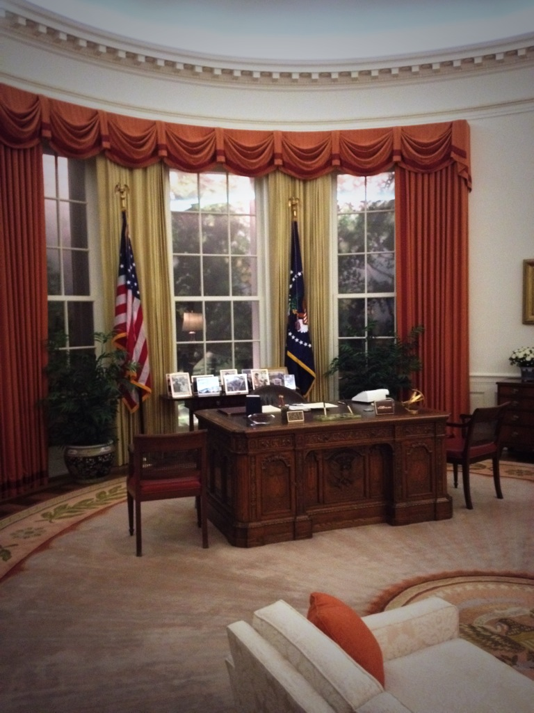 oval-office-ronald-reagan